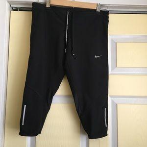 Large Nike leggings